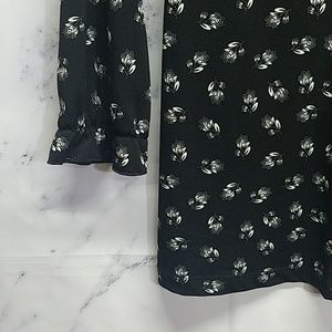Maurices Tops - Maurices Black Print Top with Sleeves